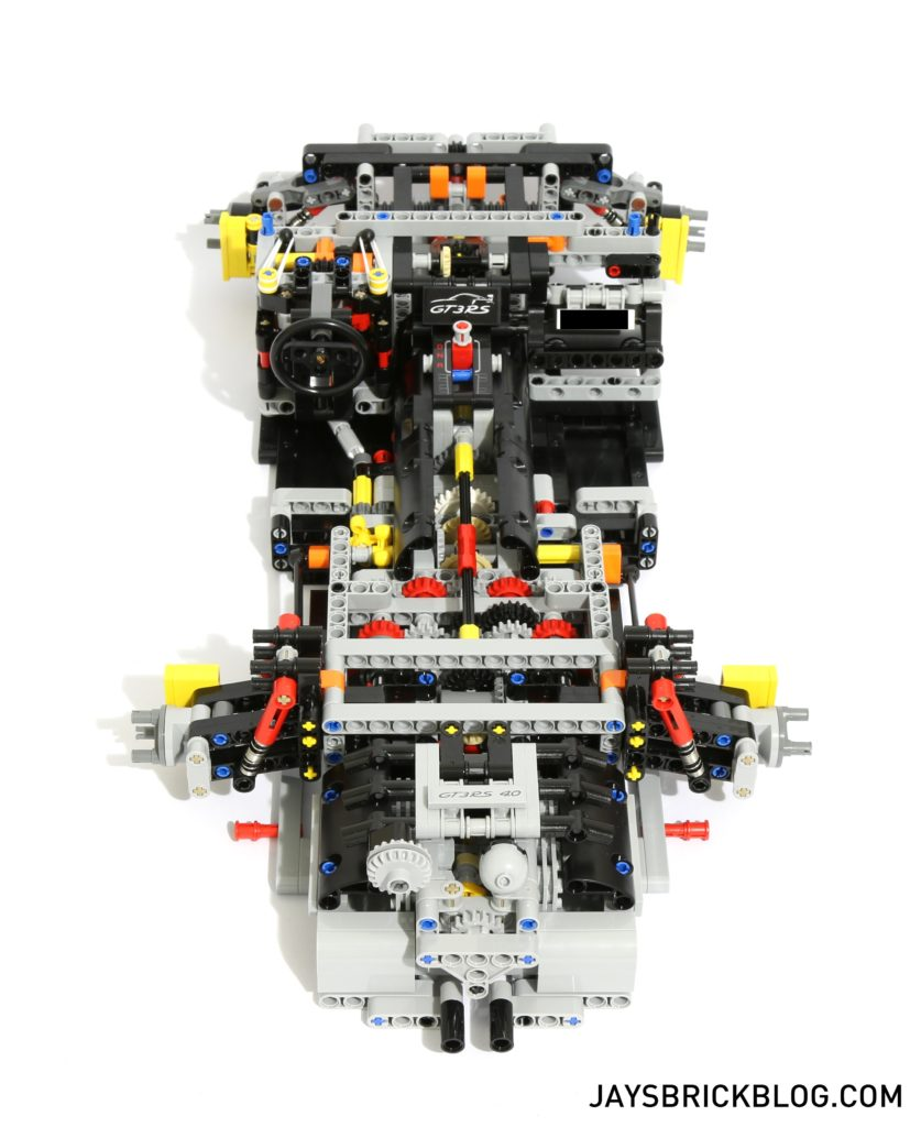 LEGO 42056 Technic Porsche 911 - Drivetrain Top View