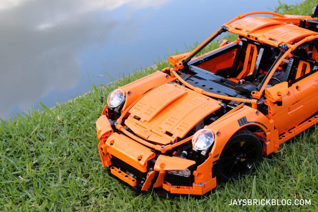 LEGO 42056 Technic Porsche 911 - Front