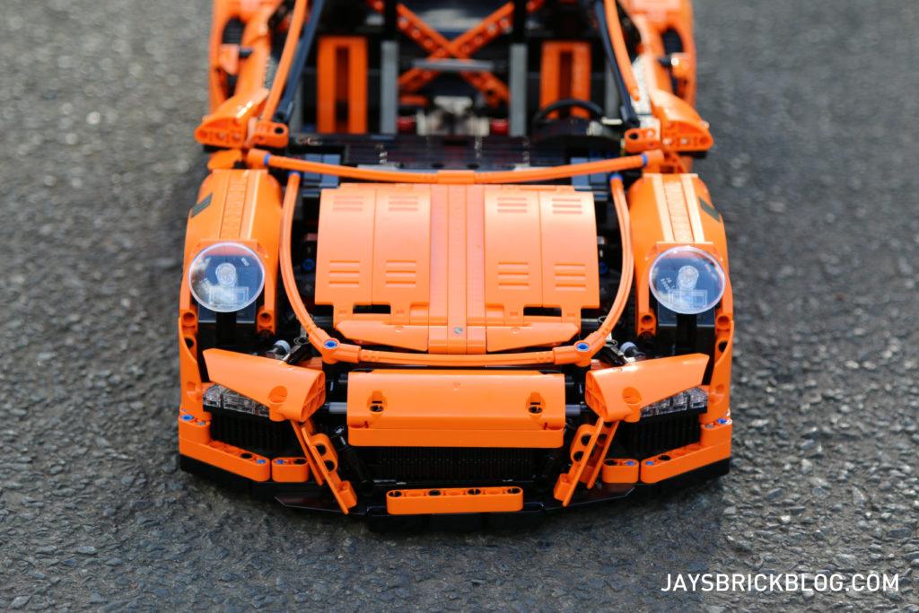 LEGO 42056 Technic Porsche 911 - Front View