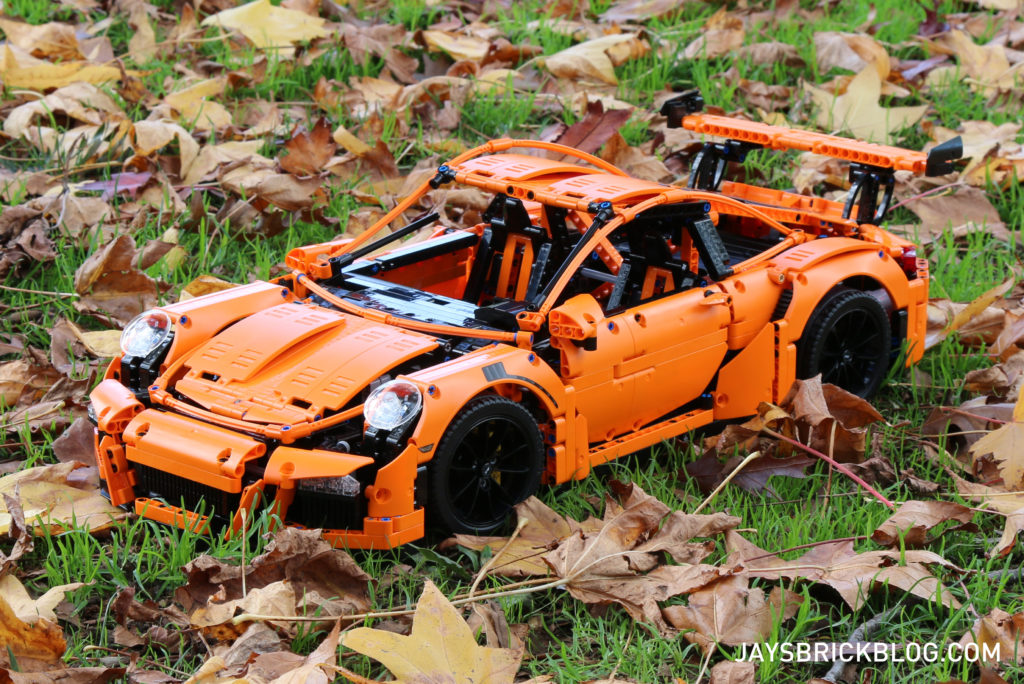 LEGO 42056 Technic Porsche 911 - Leaves