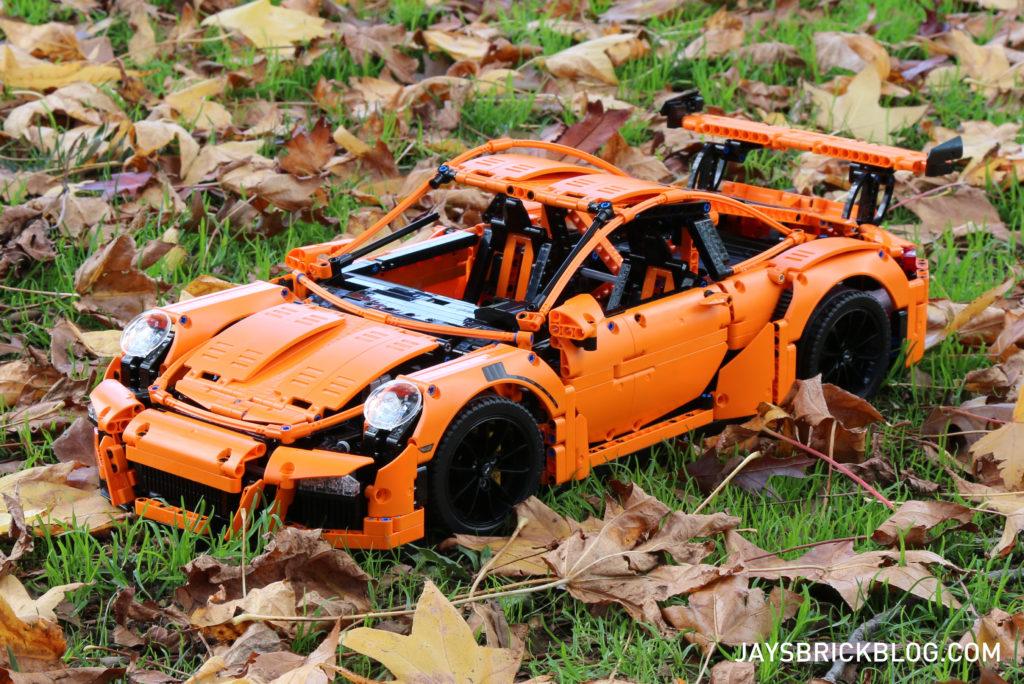 LEGO 42056 Technic Porsche 911 - Leaves