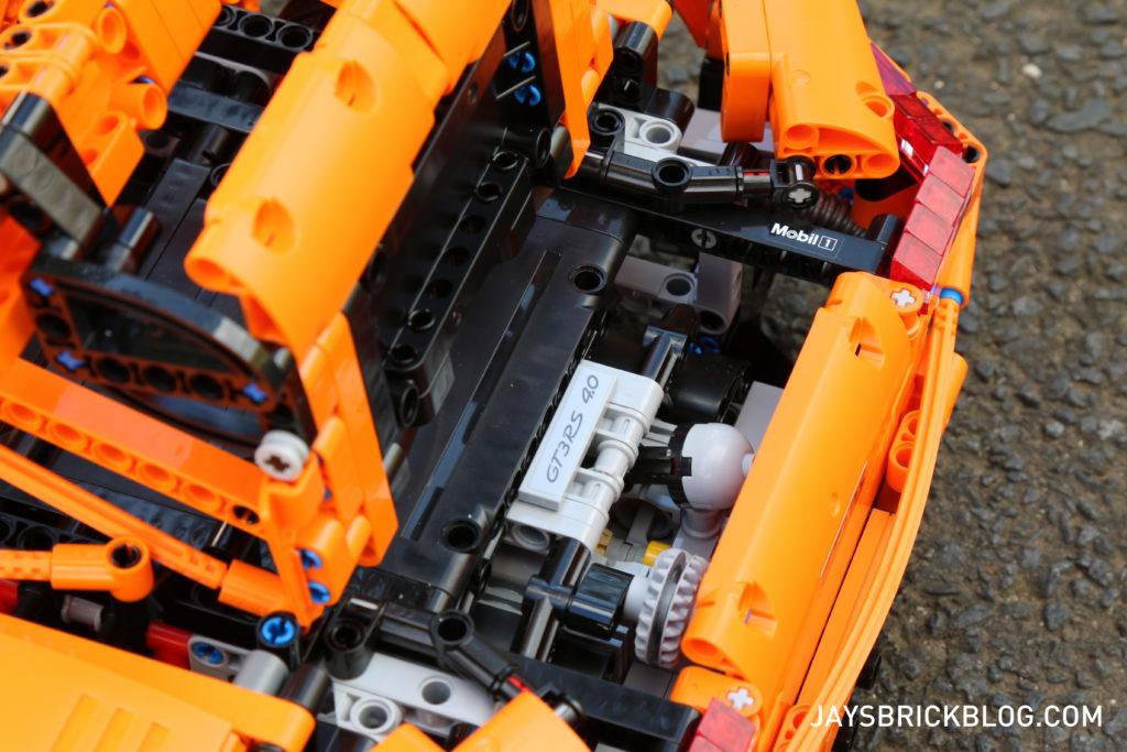 LEGO 42056 Technic Porsche 911 - Open Engine