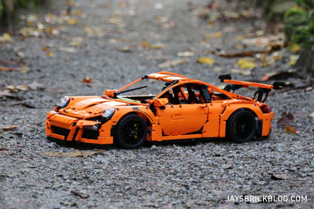 LEGO 42056 Technic Porsche 911 - Pose