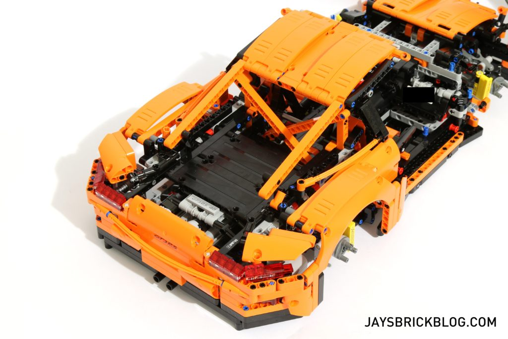 LEGO 42056 Technic Porsche 911 - Rear Box 3