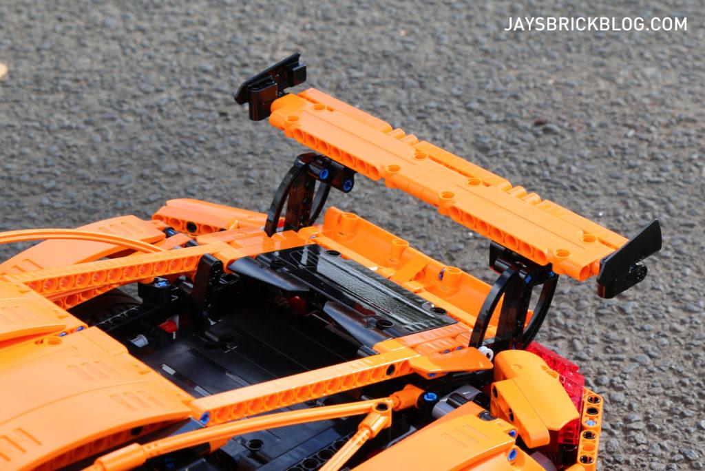 LEGO 42056 Technic Porsche 911 - Rear Spoiler