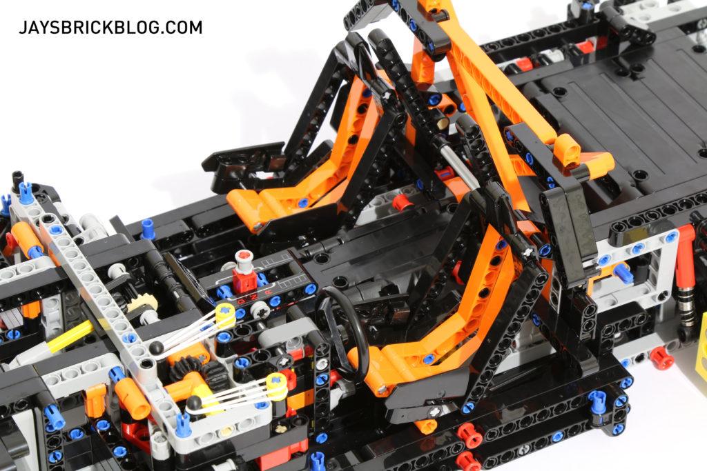 LEGO 42056 Technic Porsche 911 - Seats
