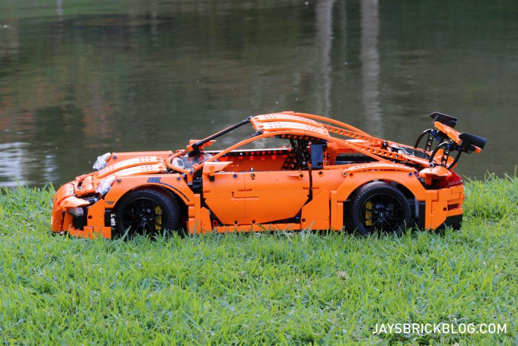 LEGO 42056 Technic Porsche 911 - Side View