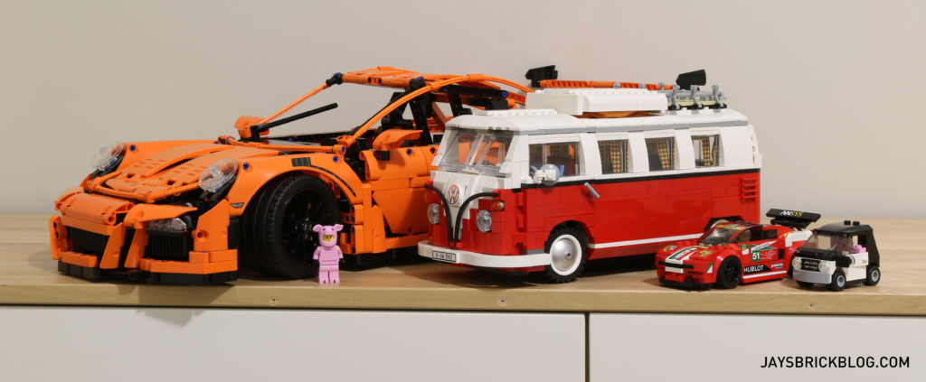 LEGO 42056 Technic Porsche 911 - Size Comparison