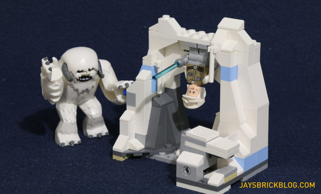 LEGO 75098 Assault on Hoth - Wampa Cave