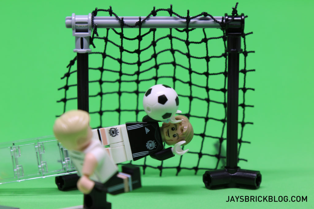 LEGO German Football Minifigures - Neuer Goal Save