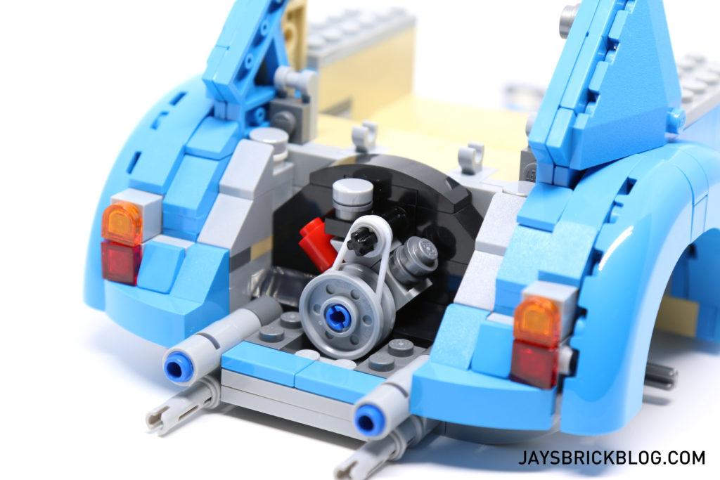 LEGO 10252 Volkswagen Beetle - Engine WIP