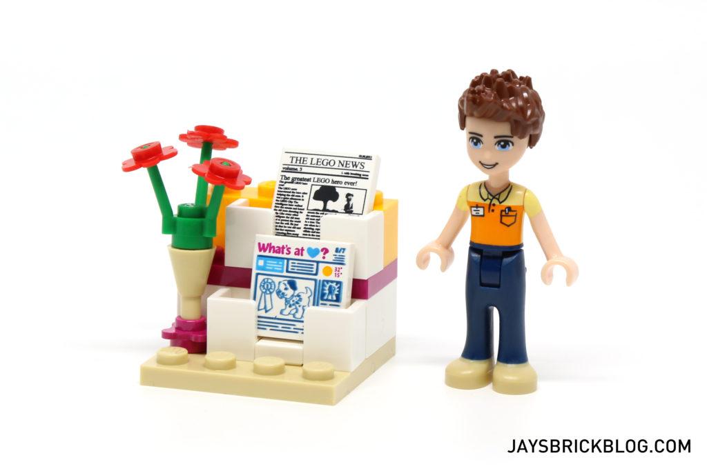 LEGO 41118 Heartlake Supermarket - Magazine Stand