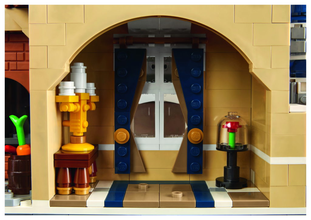 LEGO 71040 Disney Castle - Beauty and the Beat Room