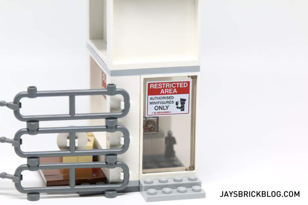 LEGO 76051 Super Hero Airport Battle - Door Sign