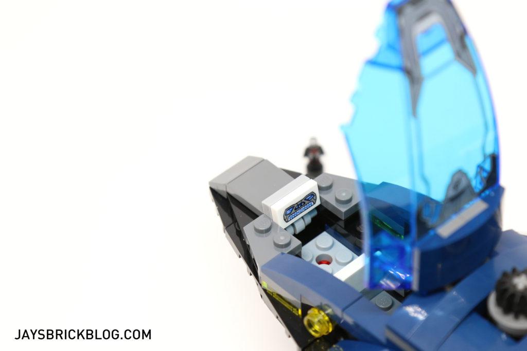 LEGO 76051 Super Hero Airport Battle - Open Cockpit