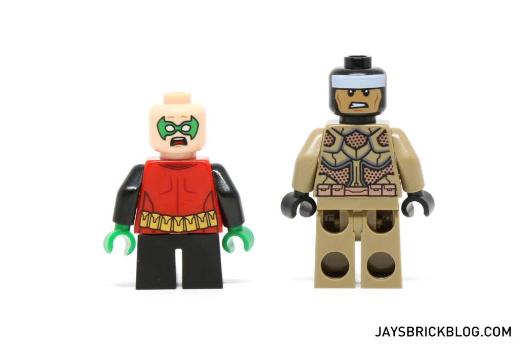 LEGO 76056 Rescue from Ra's Al Ghul - Desert Batman and Robin Back Printing