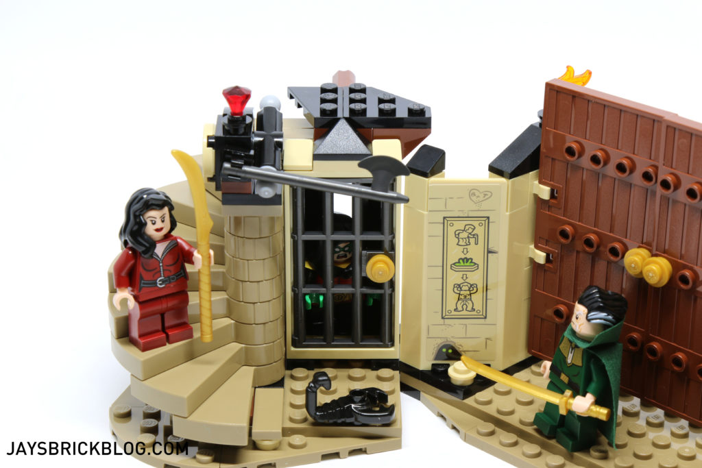 LEGO 76056 Rescue from Ra's Al Ghul - Jail Cell