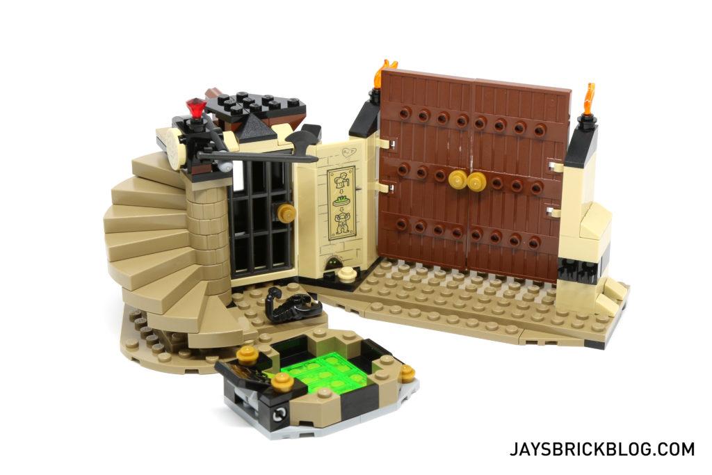 LEGO 76056 Rescue from Ra's Al Ghul - Nanda Parbat Hideout