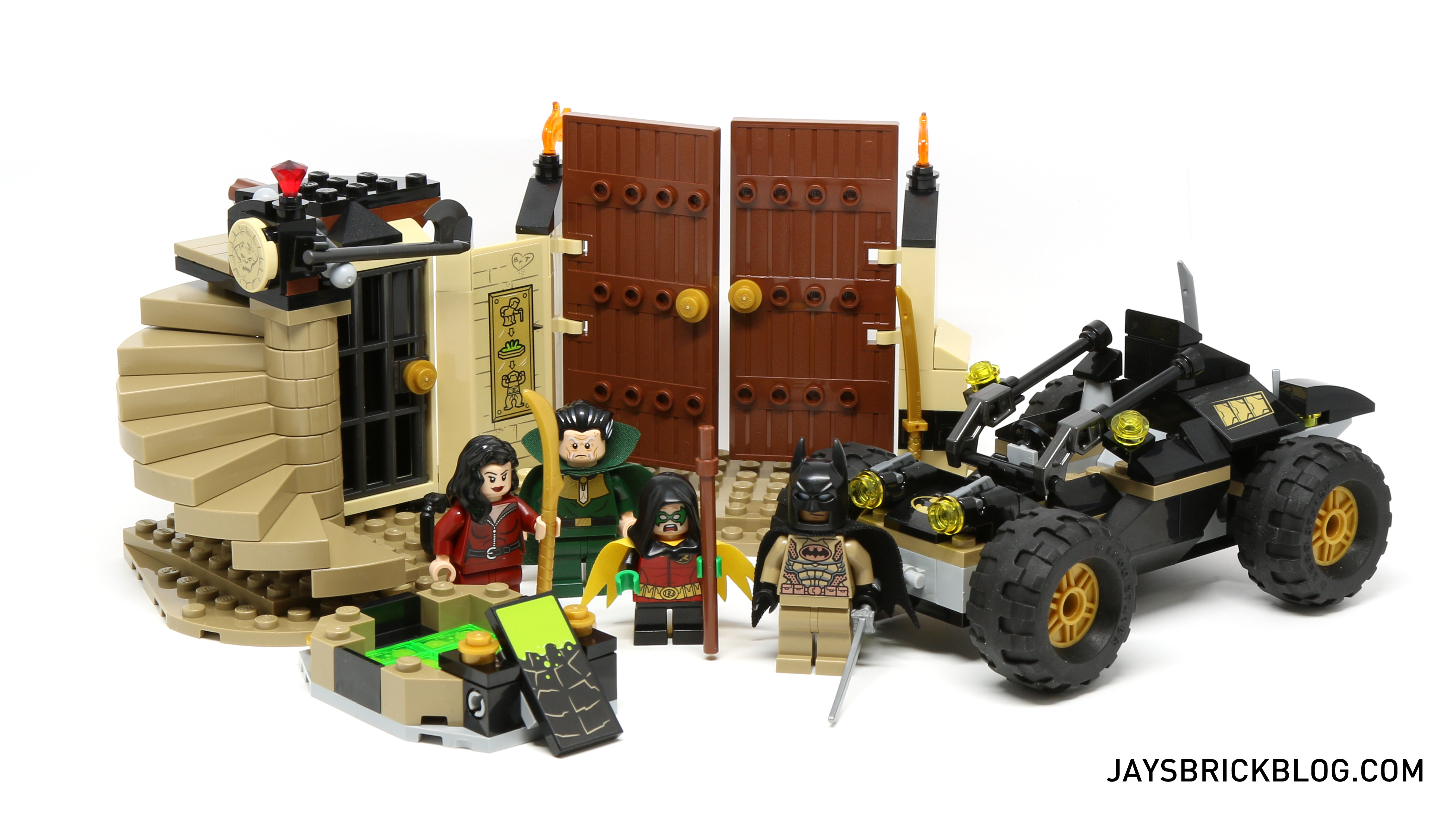 Review: LEGO 76056 Rescue from Ra's al Ghul