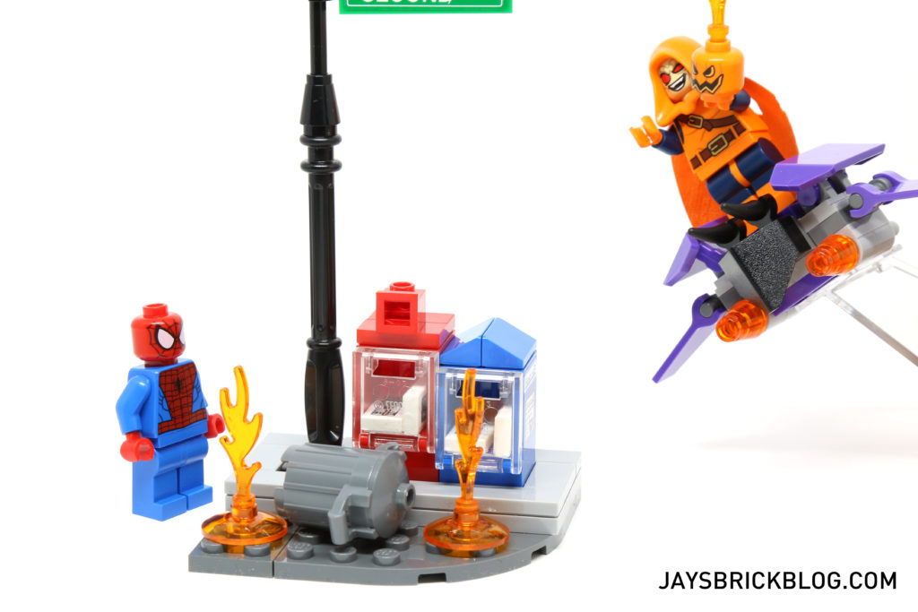 LEGO 76058 Ghost Rider Team-Up - Glider Bombs