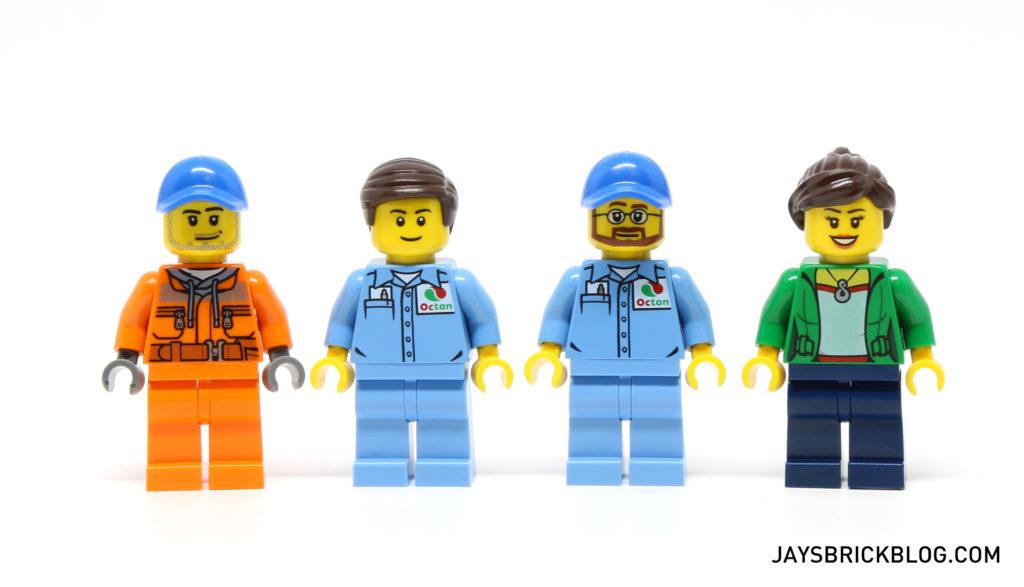 LEGO 60132 Service Station - Minifigures