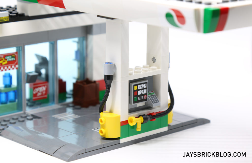 LEGO 60132 Service Station - Petrol Pump