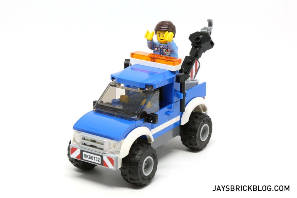 LEGO 60132 Service Station - Tow Truck