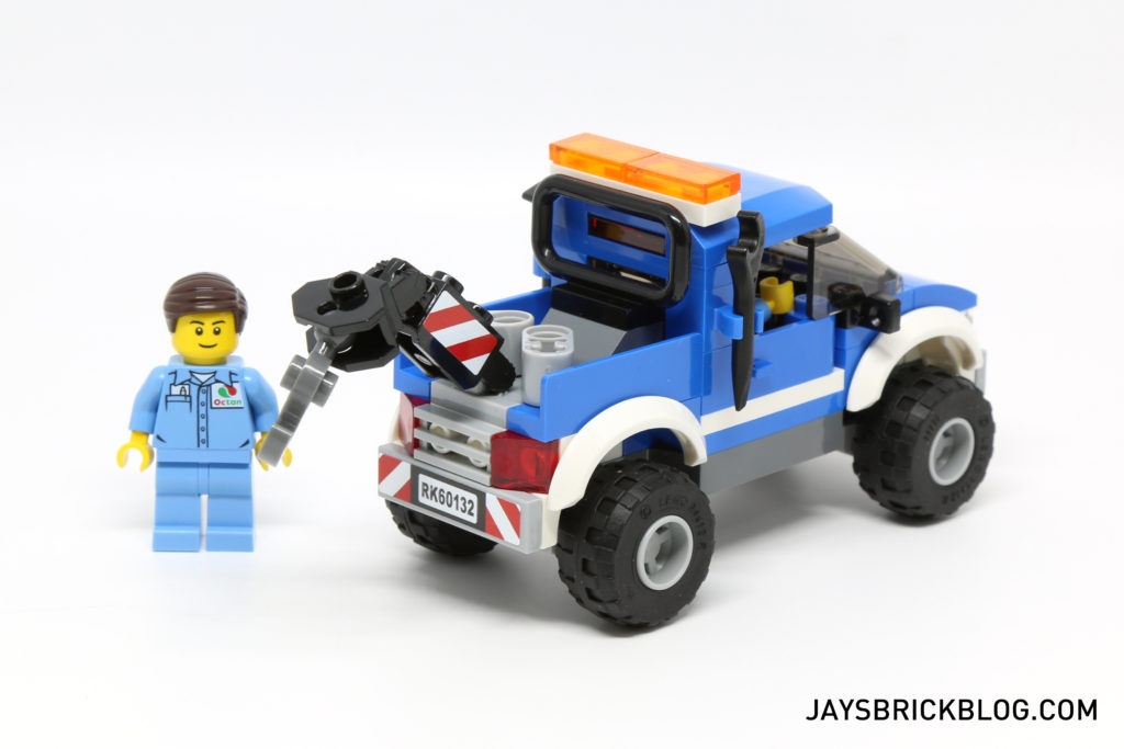 LEGO 60132 Service Station - Tow Truck Back