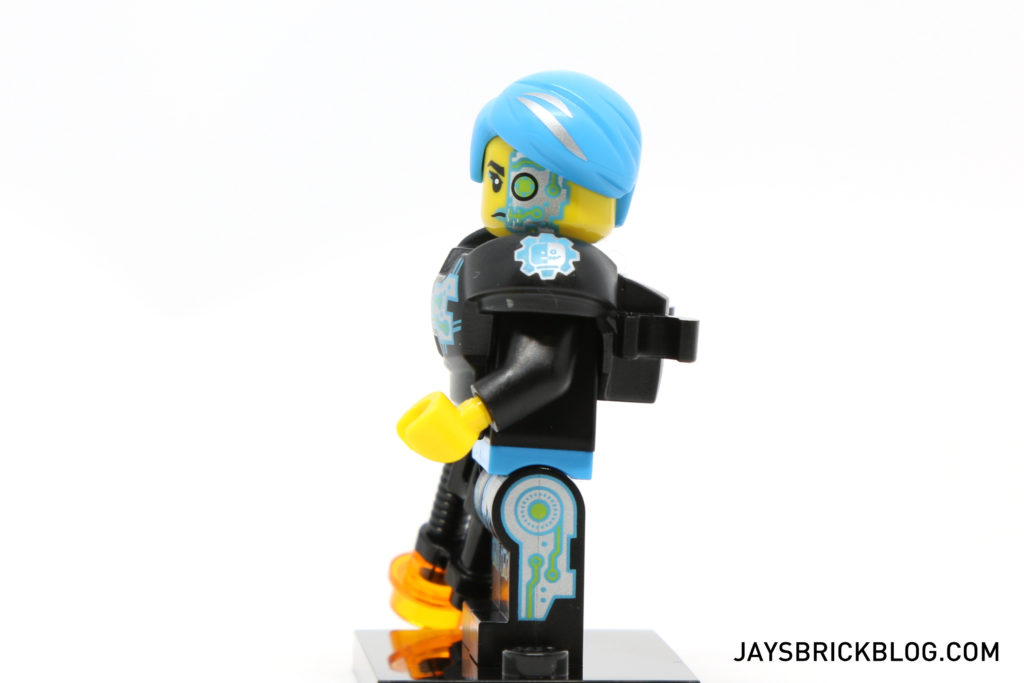 lego-minifigures-series-16-cyborg-side-printing