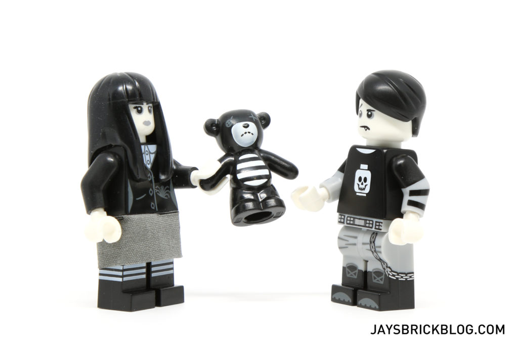 lego-minifigures-series-16-spooky-boy-and-girl