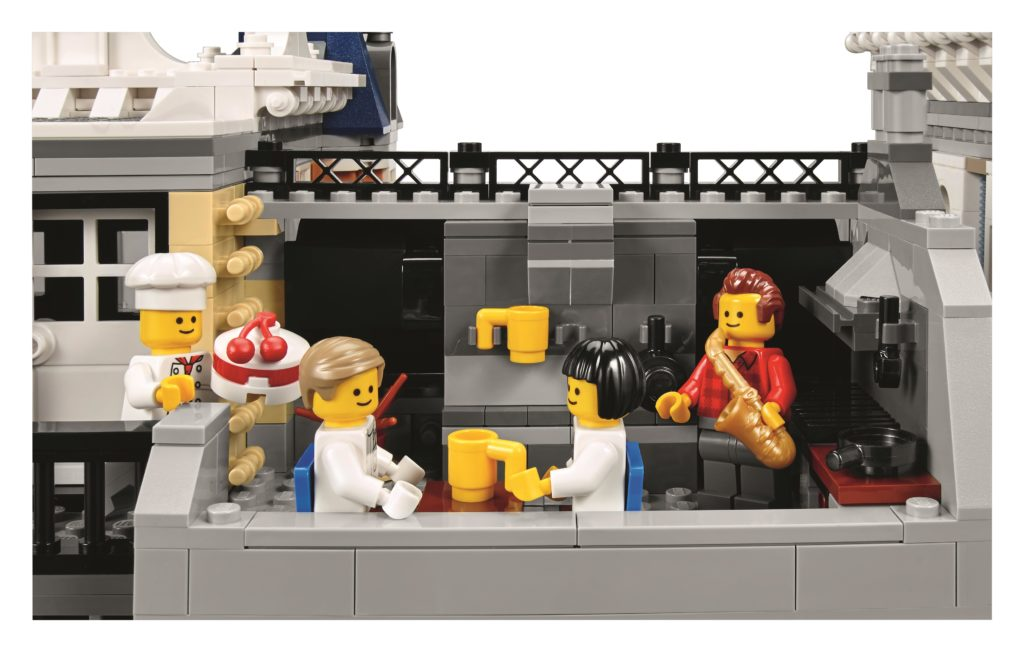 lego-10255-assembly-square-outdoor-kitchen