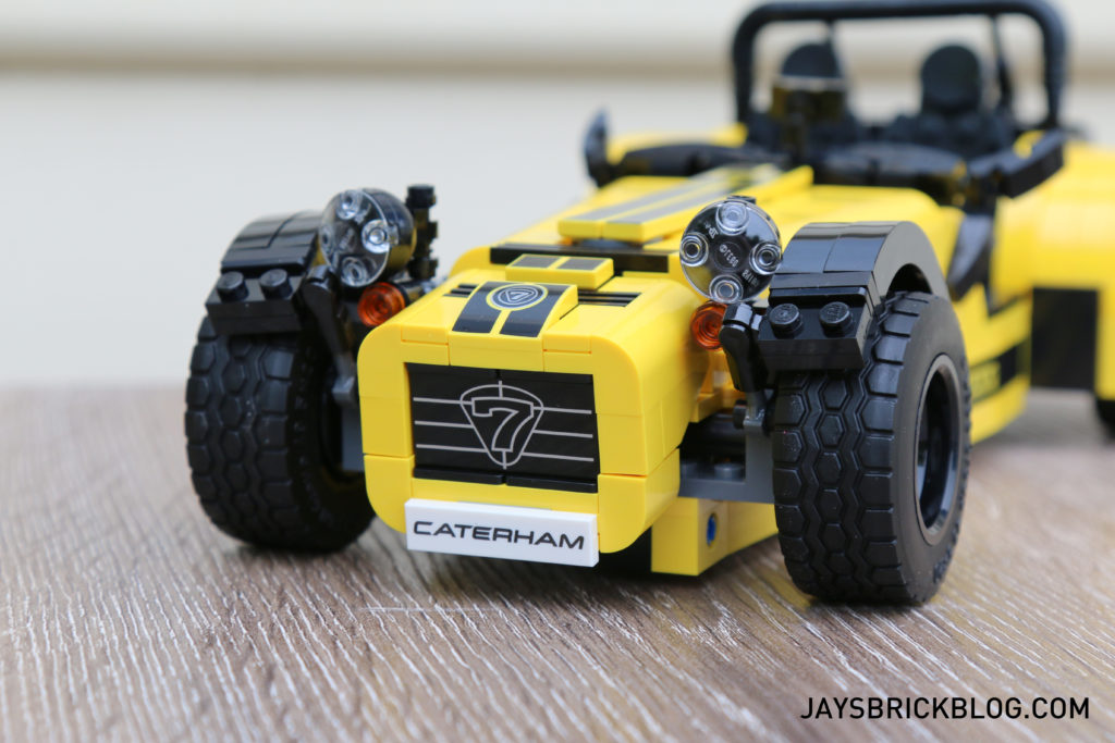 lego-21307-caterham-seven-front-grill