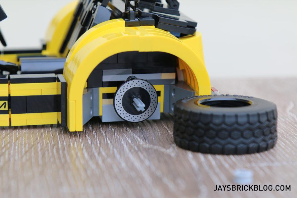 lego-21307-caterham-seven-tyres
