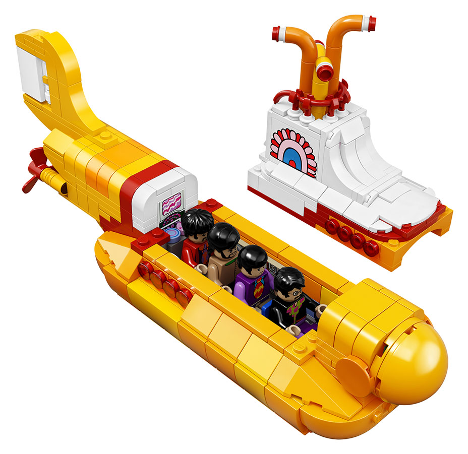 lego-ideas-21306-yellow-submarine-the-beatles-in-submarine
