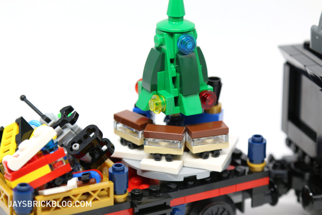 lego-10254-winter-holiday-train-christmas-tree