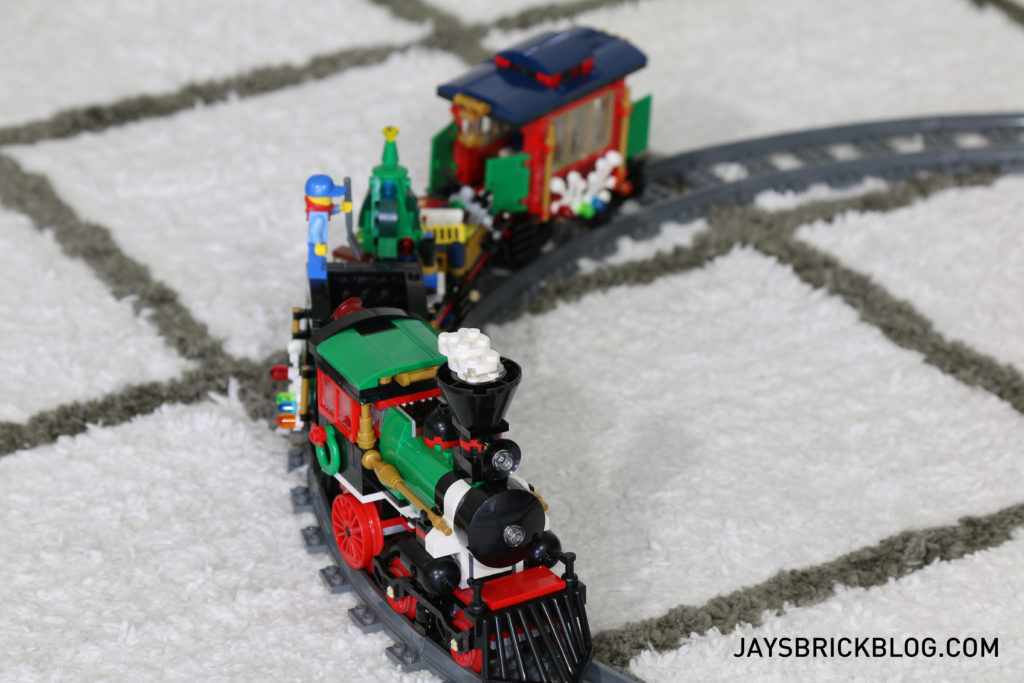 lego-10254-winter-holiday-train-locomotive-on-track