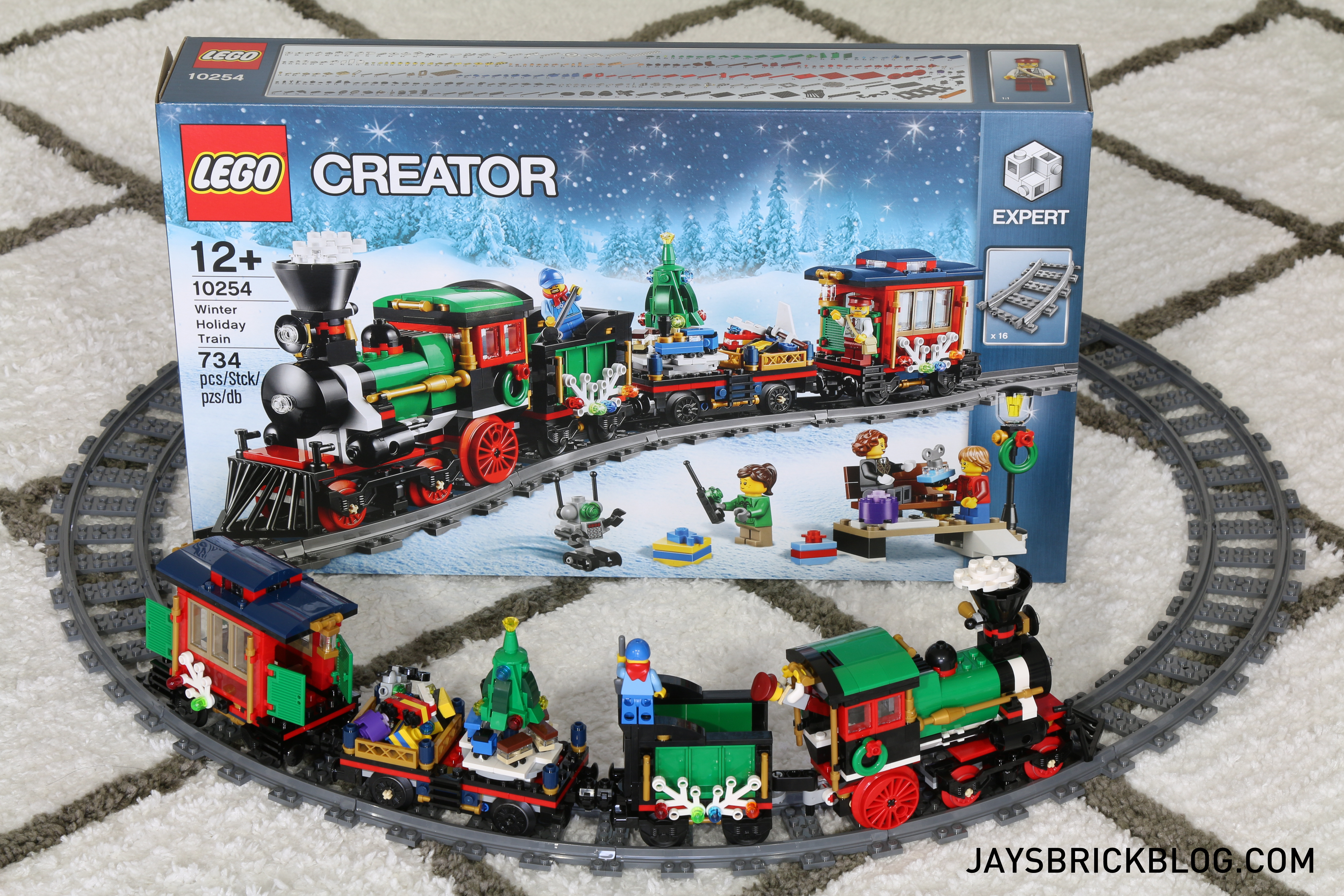 Lego Christmas Train.Review Lego 10254 Winter Holiday Train Jay S Brick Blog