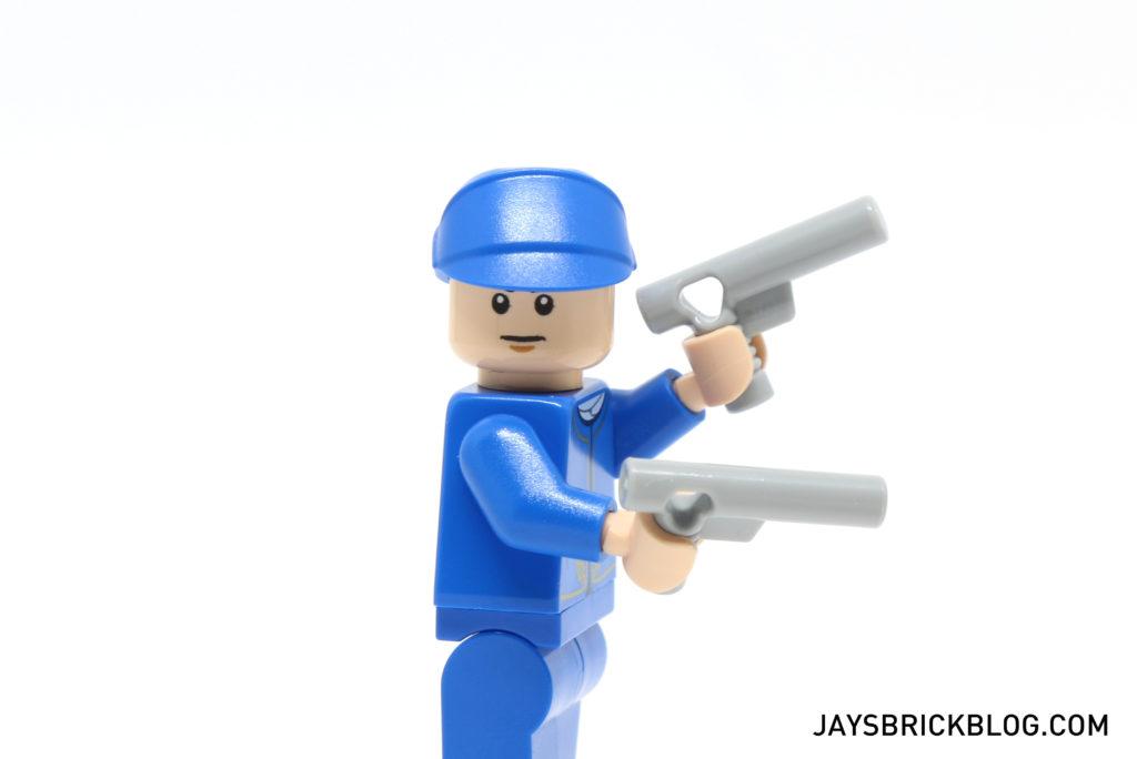 lego-star-wars-advent-calendar-2016-day-2-bespin-guard-guns