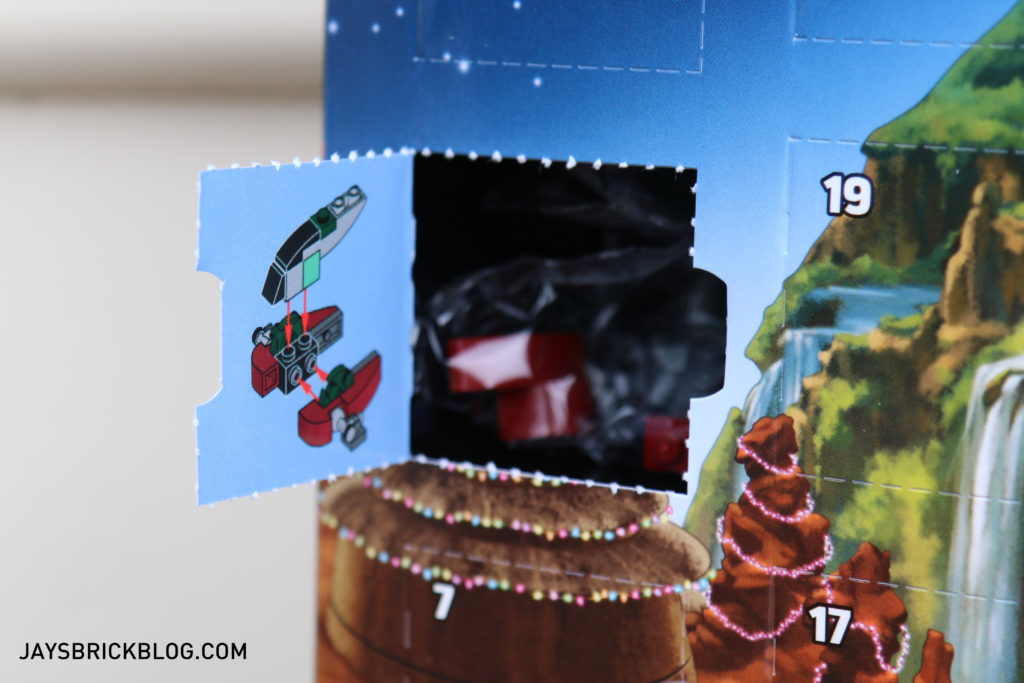 lego-star-wars-advent-calendar-2016-window-1