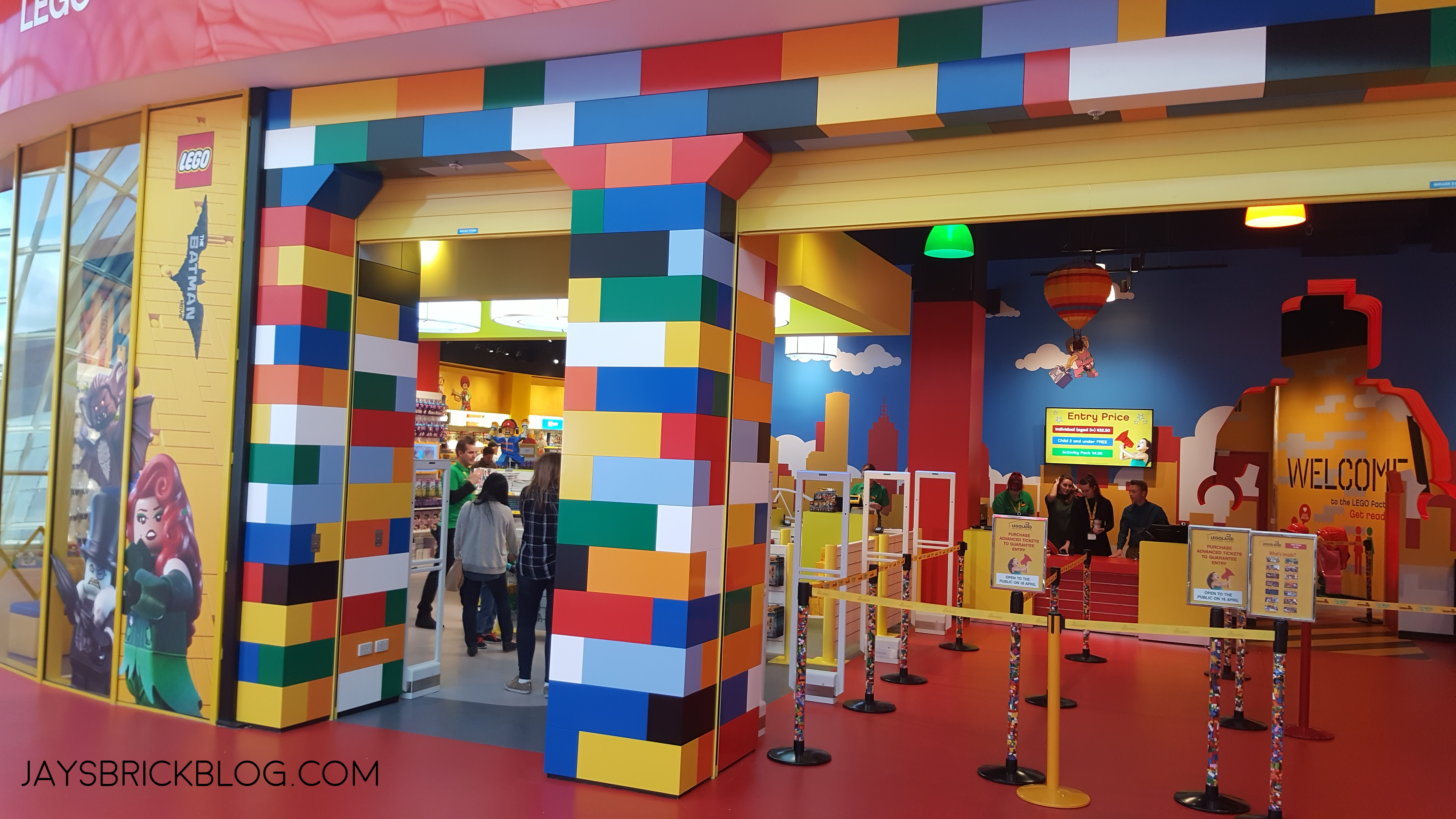 Review legoland discovery centre melbourne for Lago store outlet