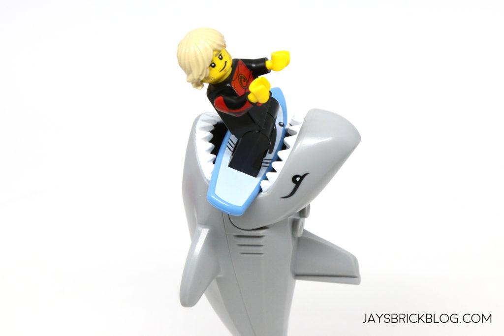 Lego Series 17 Pro Surfer  Minifigure