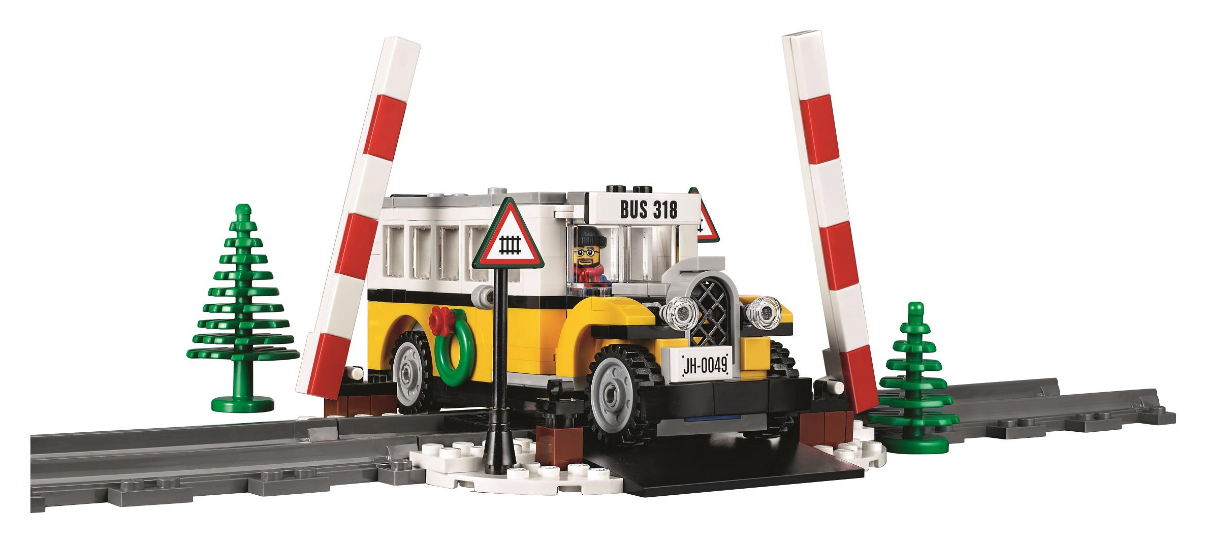 Introducing the 2017 Winter Village set – LEGO 10259 Winter ...