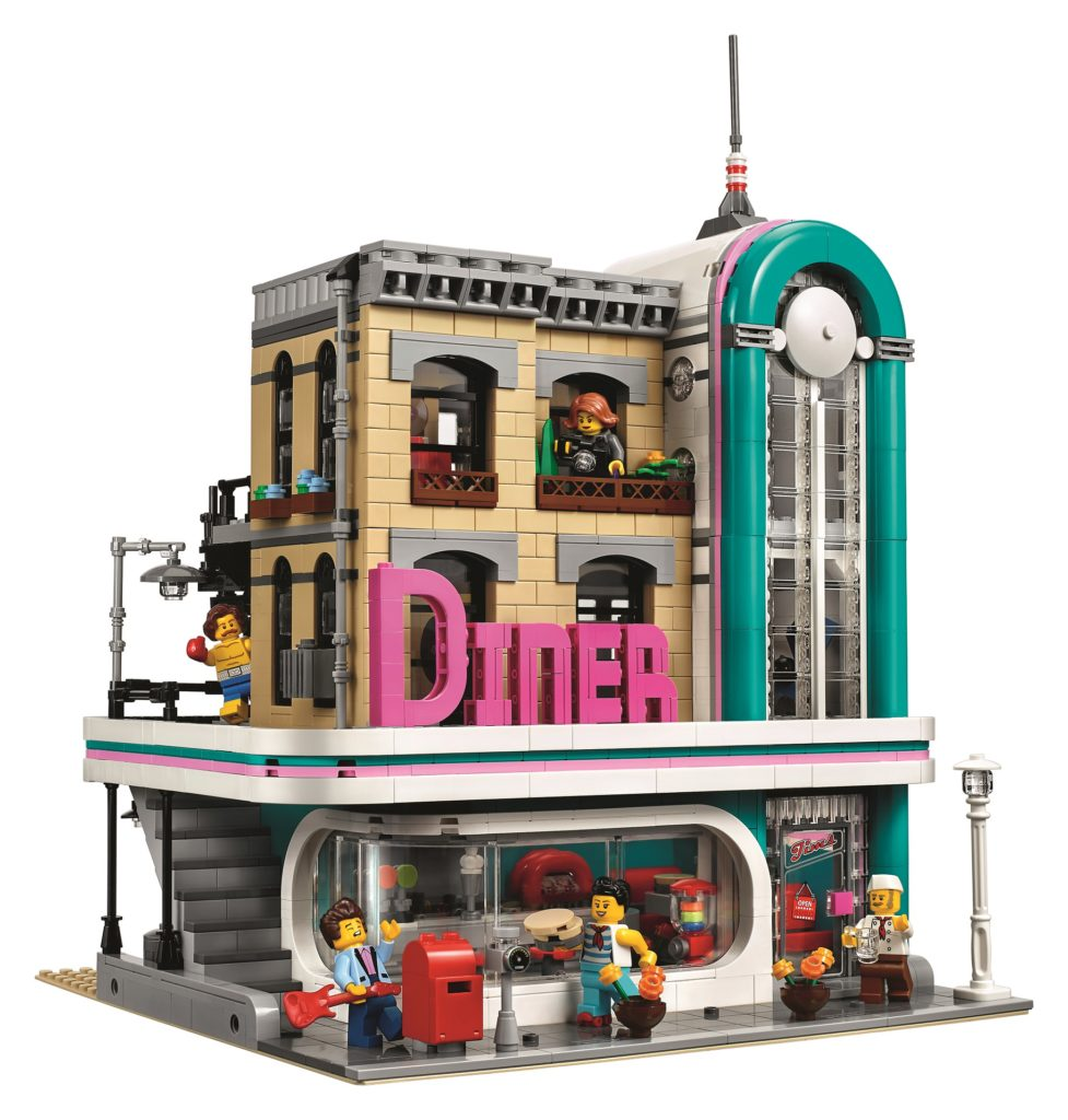 here s a look at lego 10260 downtown diner the first modular building of 2018. Black Bedroom Furniture Sets. Home Design Ideas