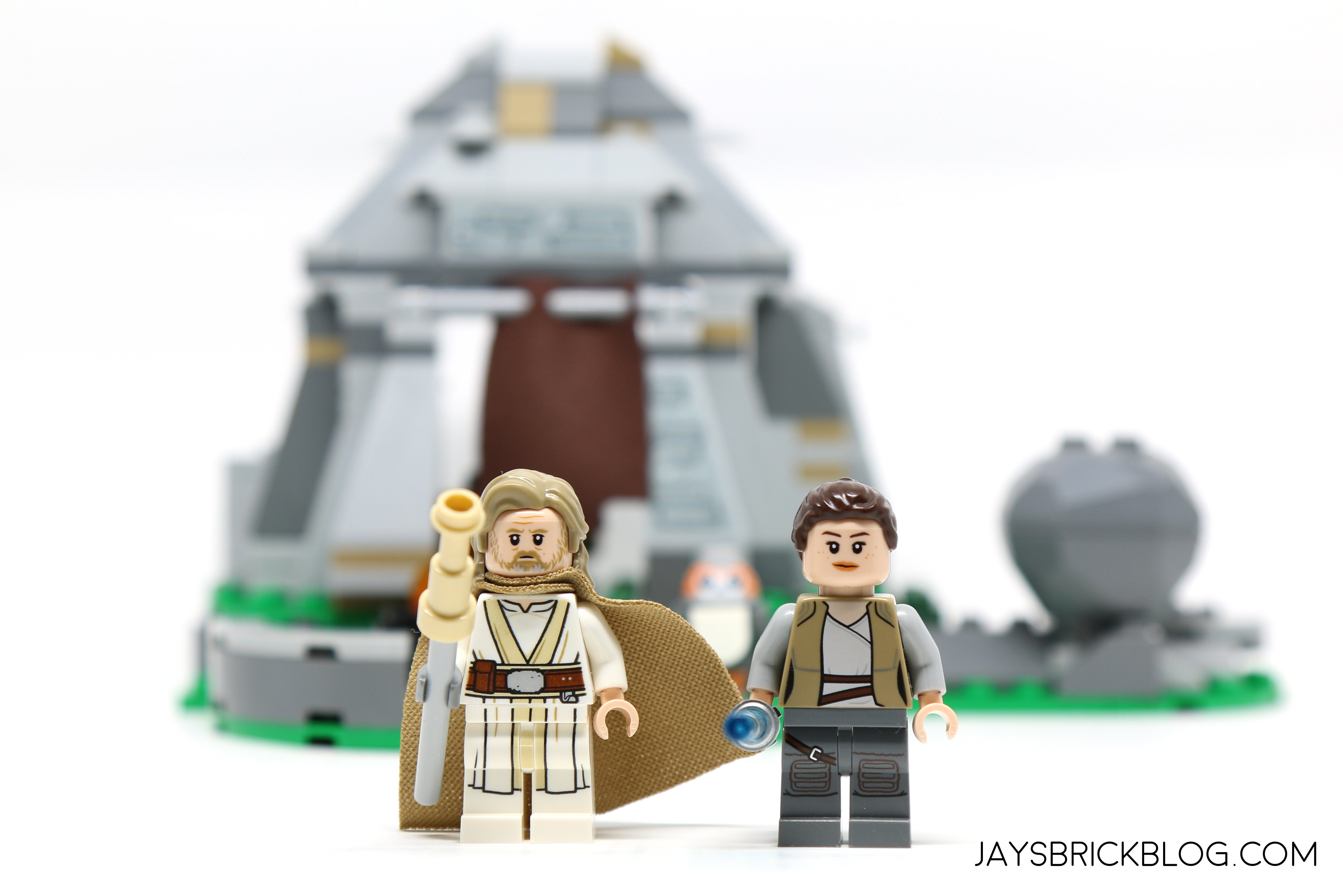 Review Lego 75200 Ahch To Island Training Jay S Brick Blog