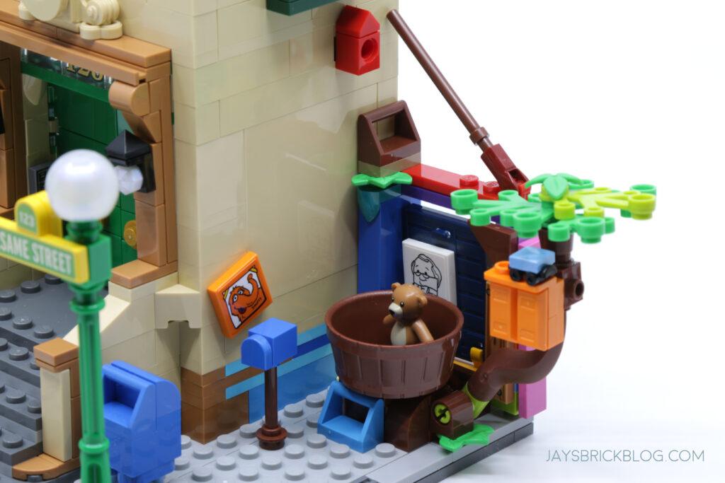 LEGO Sesame Street Big Bird's Nest