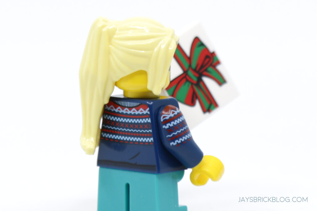 New Christmas Build a Minifigure Girl Blue Sweater Back Printing