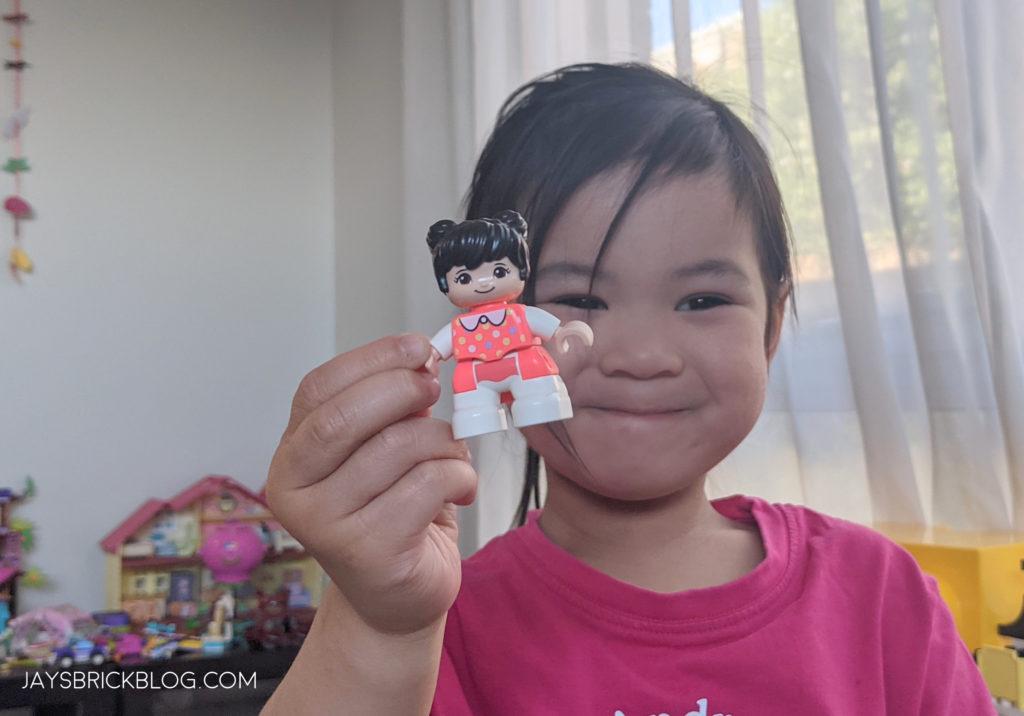 LEGO 10943 Duplo Happy Childhood Moments Chinese Duplo Figures