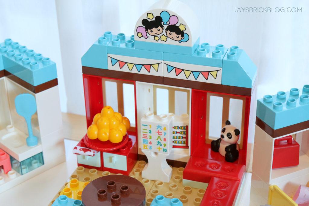LEGO 10943 Duplo Happy Childhood Moments Classroom