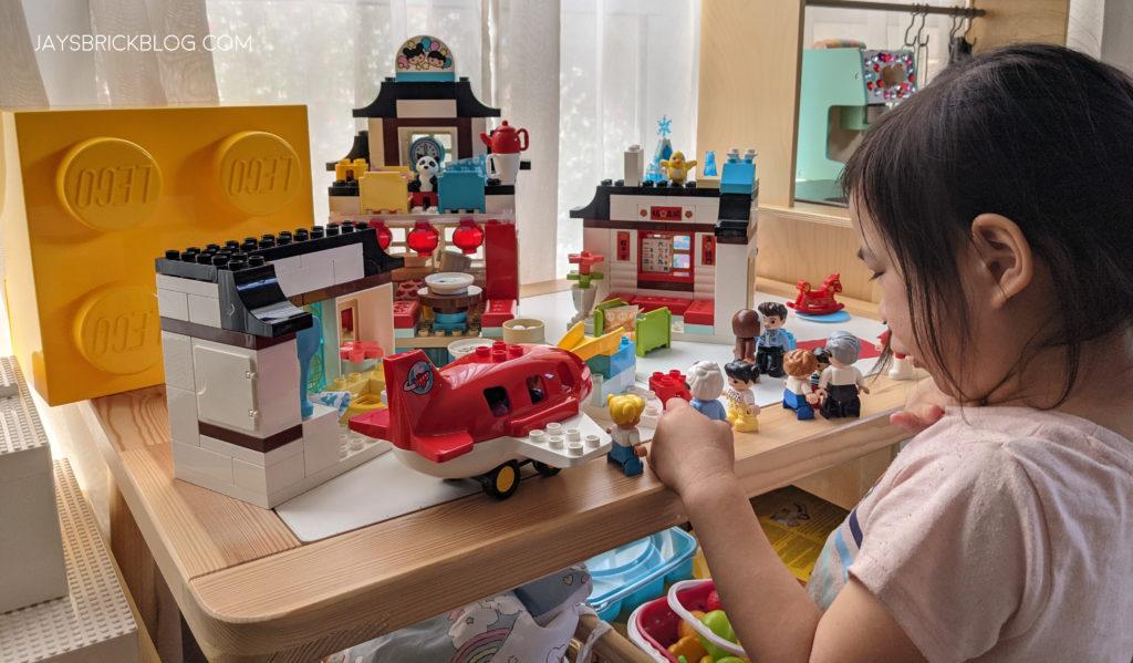 LEGO 10943 Duplo Happy Childhood Moments Duplo Play Area