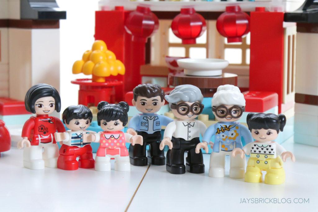 LEGO 10943 Duplo Happy Childhood Moments Family Duplo Figures